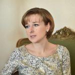 Елена Тарасова на пресс-конференции  в музее С. Рихтера